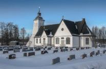 Tävelsås kyrka i vinterskrud